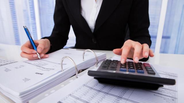 Május végén kell fizetni a társasági adót
