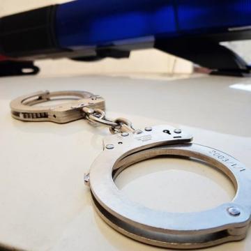 Rendőrkézen az unokázós csalók