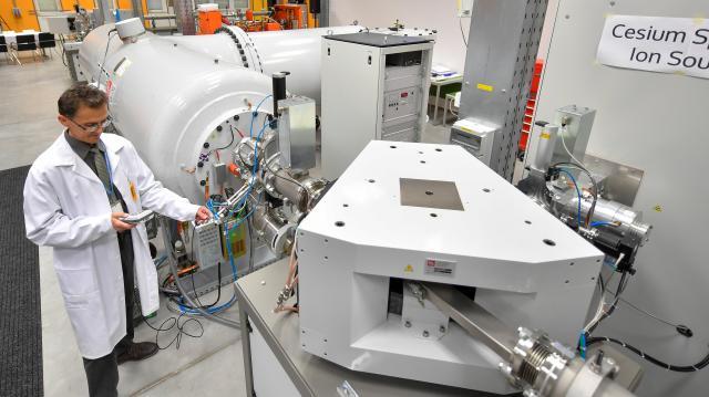 Világszínvonalú kutatói környezet a debreceni atommagkutatóban