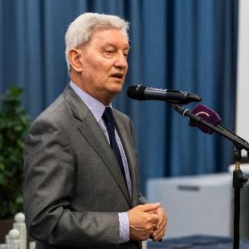 A kormány elkötelezett a minőségi oktatás megteremtésében