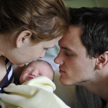 Életbe lépett a családvédelmi akcióterv négy pontja