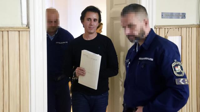 Elutasította a bíróság a Czeglédy Csaba elleni eljárás folytatását kérő indítványt
