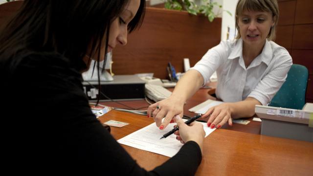 Halasztást kér a bankszövetség a bankszámlák azonosítási határidejére
