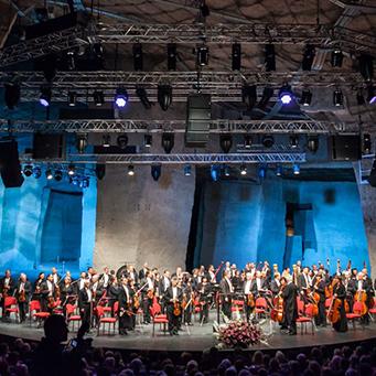 Operaelőadásokkal folytatódik a nyári szezon a Fertőrákosi Barlangszínházban