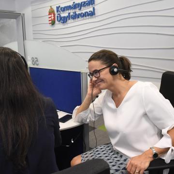 Telefonon is lehet tájékoztatást kérni a családvédelmi akciótervről