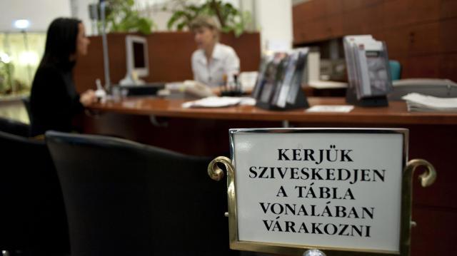 Újabb bankok jelezték, hogy részt vesznek a babaváró hitelek nyújtásában