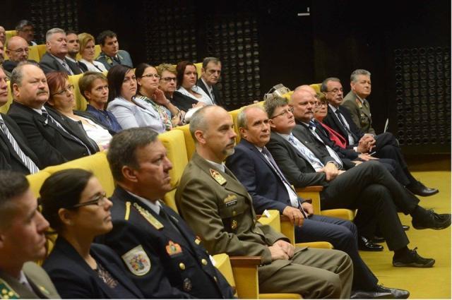 Benkő Kaposváron: Az ember a legfontosabb a honvédelem fejlesztésében