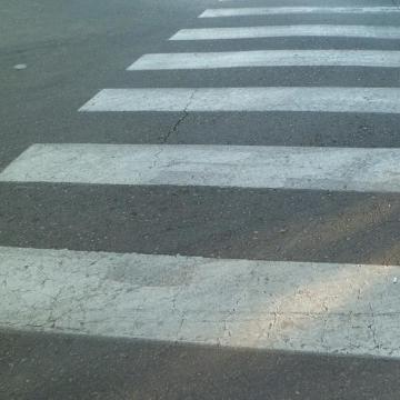 Biztonságosabb lesz a Ferenczy - Mező gyalogátkelőhely
