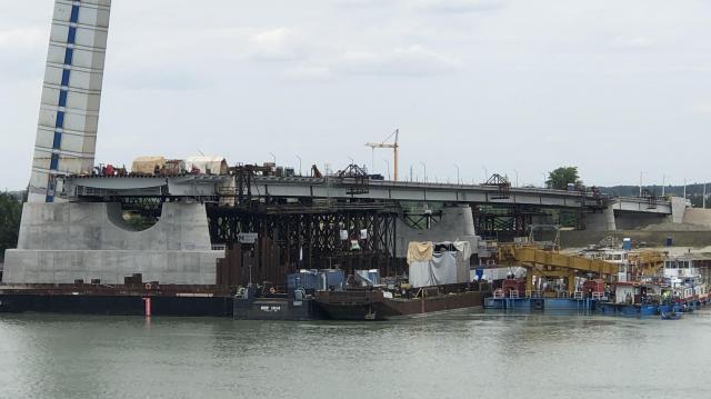 Egyre látványosabb az új Duna-híd
