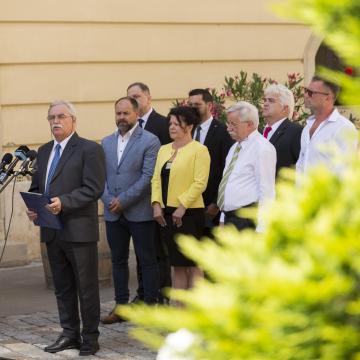 Ellenzéki összefogást hirdettek Sopronban