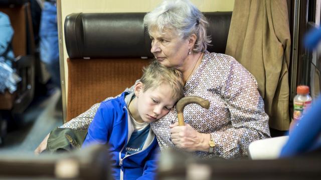 Már több mint 250 ezer nagymama tölthet több időt a családjával