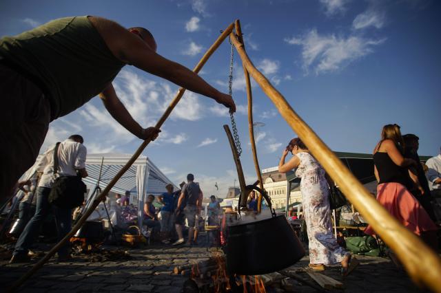 Menettánccal kezdődik a Bajai Halfőző Fesztivál csütörtökön