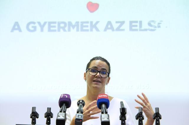 Novák Katalin: A családvédelmi akcióterv megerősíti a családok anyagi helyzetét