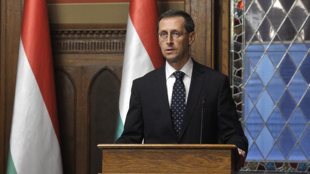 Varga Mihály: A családokról és a gazdasági eredmények megvédéséről szól a 2020-as költségvetés