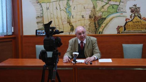 A kormánypártok támogatásával készül T. Mészáros András a választásra