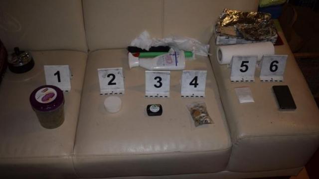 Elkaptak négy drogost, majd lebukott a díler is
