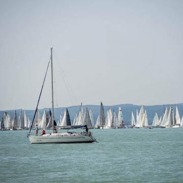 Hat-hétszáz hajót várnak az idei Kékszalagra