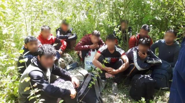 Ismét illegális migránsokat kaptak el térségünkben