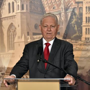 Nem lehet blöfföléssel félrevezetni a budapestieket