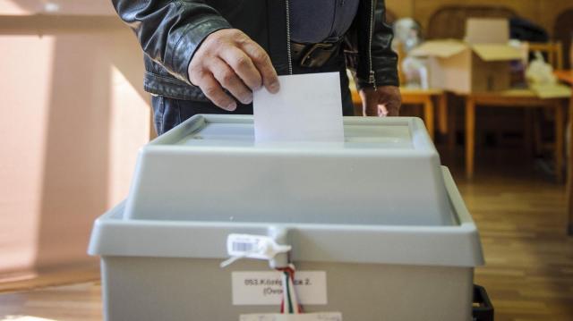 Csütörtökön állapítják meg a jelöltté váláshoz szükséges ajánlások számát