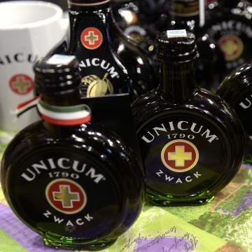Jelentősen megcsappant az Unicum fogyasztás