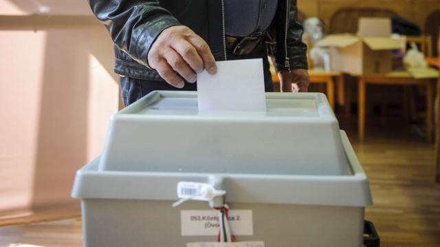 Szerdán megkezdik a választási értesítők kézbesítését