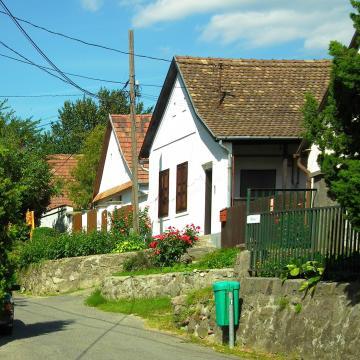 Újabb négy pályázati felhívás jelent meg a Magyar falu programban