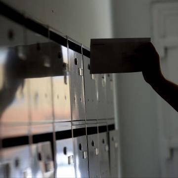 Péntekig befejeződik az értesítők postázása