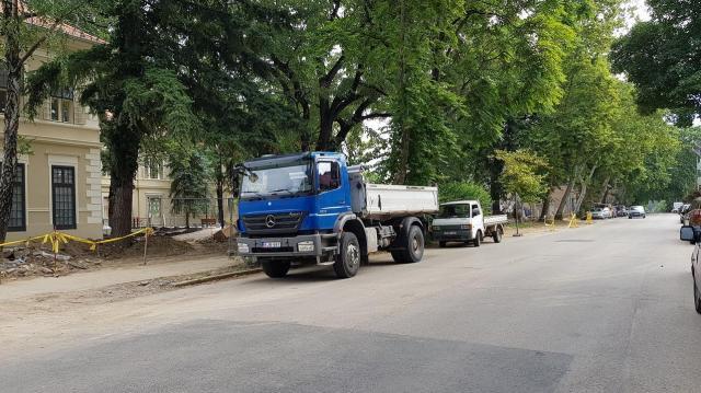 Gázvezetékeket cserélnek a Budai Nagy Antal utcában