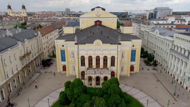 Kalandtúra és horrorisztikus kulisszajárás Debrecenben