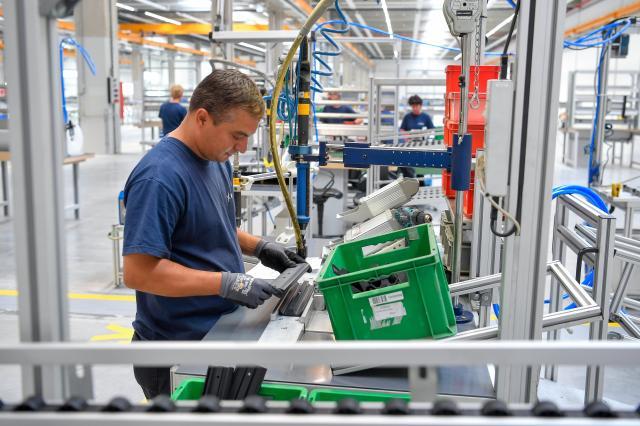 Sikeres az átállás a termelésorientált gazdaságról a technológiaorientáltra