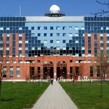 Tizennyolc egyetemen kezdődik meg a Programozd a Jövőd! program