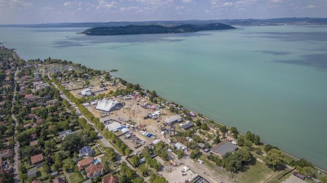 Több mint 20 milliárd forint jut a Balaton víz- és partvédelmét szolgáló kutatásokra, fejlesztésekre