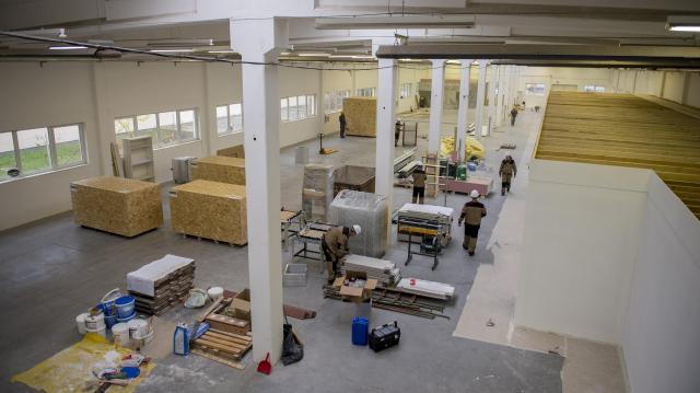 Új gyártóközpontot alakított ki a Z Elektronika Kft. Pécsen