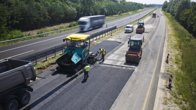 Átadták a Kaposvárt az M7-es autópályával összekötő utat