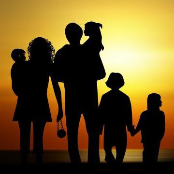 A családközpontú gyermekvédelem kialakítása a cél