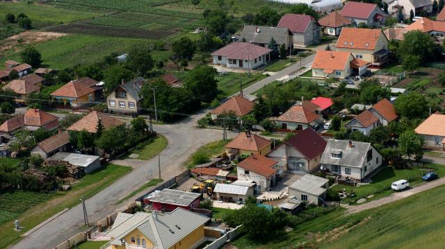 A falvak több mint 21 milliárd forintot kaptak az életminőséget javító beruházásokra