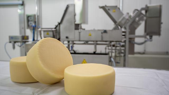 Átadták a Szarvasi Agrár Zrt. tejfeldolgozó-üzemét