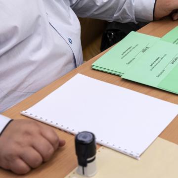 Egy választott bizottsági tag lett rosszul Igaron