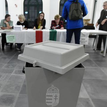 Rendben zajlik az önkormányzati választás Magyarországon