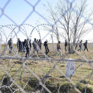 Három afgán határsértő