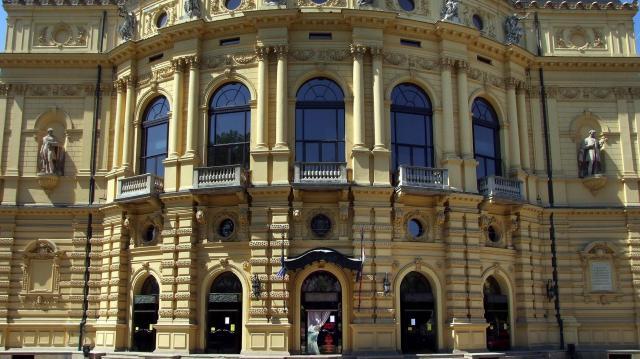 Kezdődik a Hétfü független színházi sorozat Szegeden