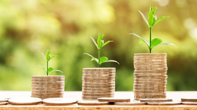 A bérek tartósan magas növekedése a gazdaság teljesítményéből adódik