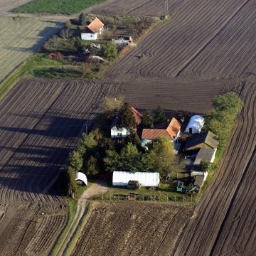 A kormány jelentős forrásokat fordít a tanyákon lakók életminőségének javítására