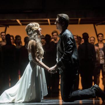 Alföldi Róbert rendezi a West Side Story-t a Szegedi Szabadtéri Játékokon