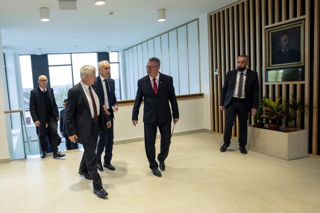 Átadták a kaposvári ügyészségi székházat