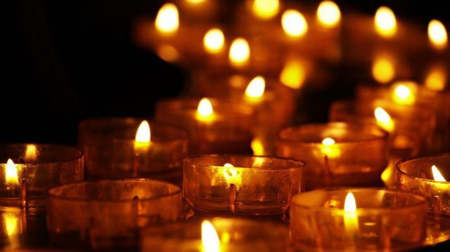 Halottak napja - A katasztrófavédelem a tűzesetek megelőzésére figyelmeztet