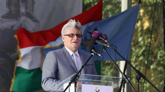 Kapacitásbővítő beruházást támogat a kormány Jászberényben