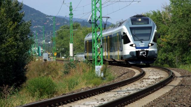 Már nem késnek a vonatok a Budapest-Cegléd Szolnok vonalon