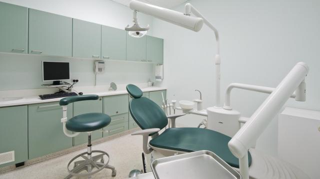 Pénzügyi támogatáshoz jutnak az alapellátó fogorvosok
